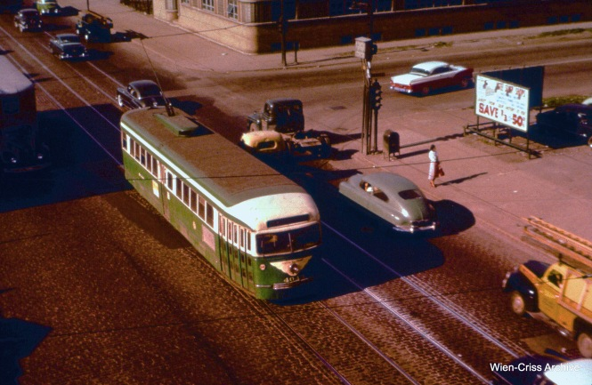 "CTA 4044 is on Western at the Douglas Park ""L"" on June 22, 1955. (Wien-Criss Archive)"
