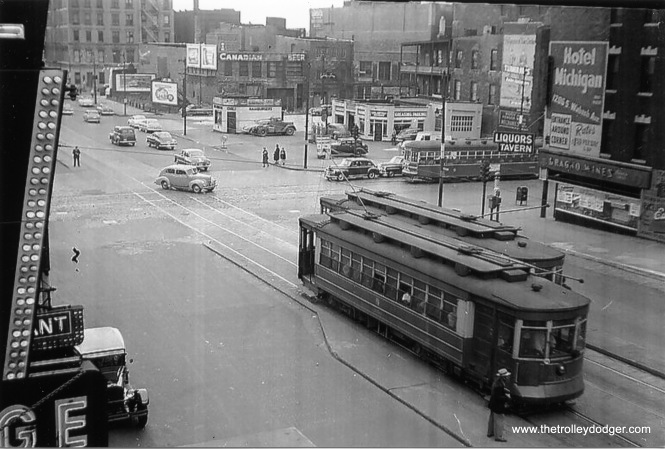 Roosevelt Road and Wabash Avenue in the late 1940s. (William Shapotkin Collection)
