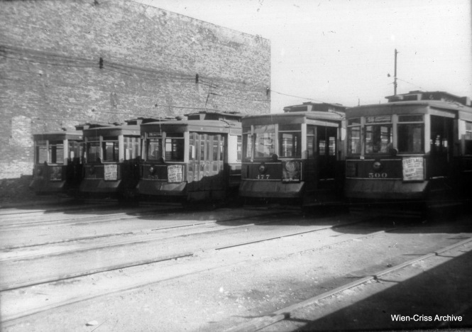 CTA Pullmans at North and Cicero. (William C. Hoffman Photo, Wien-Criss Archive)