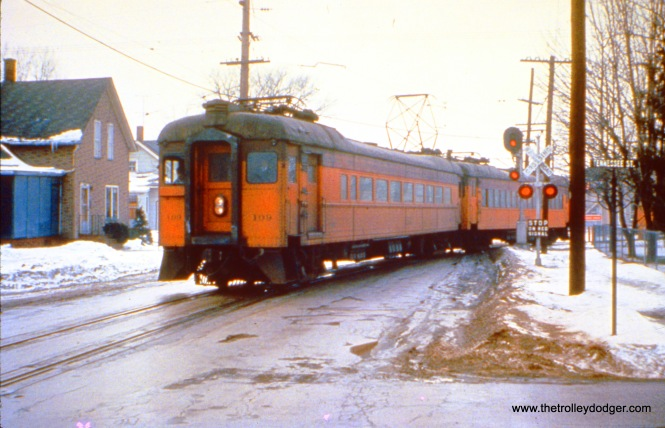 SSL car 109, running east, enters 11th Street in Michigan City. (John D. Horachek Photo, William Shapotkin Collection)
