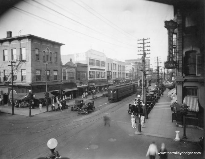 CA&E 401 on Broadway and Downer Place in downtown Aurora in the late 1920s.