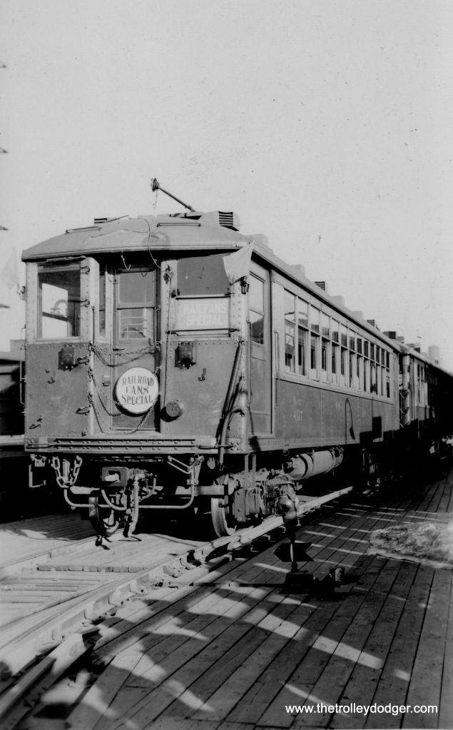 "A ""Plushie"" 4000-series ""L"" train on a late 1930s fantrip."