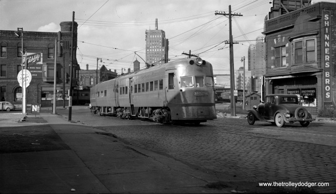 North Shore Line Electroliner set 801-802 has just pulled out from the Milwaukee terminal at 6th and Clybourn on October 31, 1948. (Richard H. Young Photo)