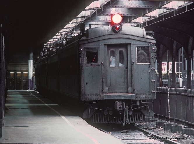 Erie-Lackawanna EMUs at Hoboken Terminal, December 1978