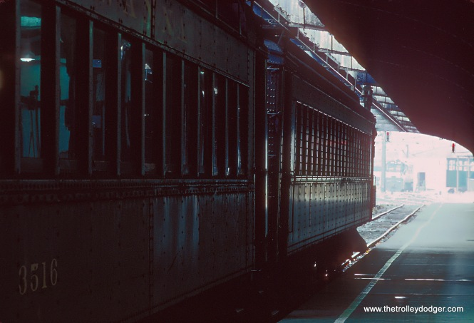 EL EMUs at Hoboken in November 1978
